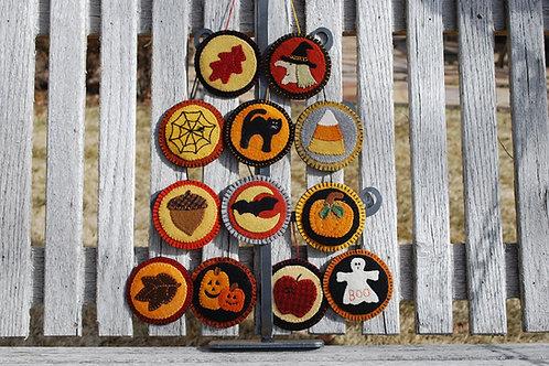 UGM315 -Fall & Halloween Oranments