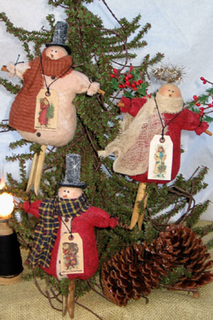 CF 780 Christmas Ornies