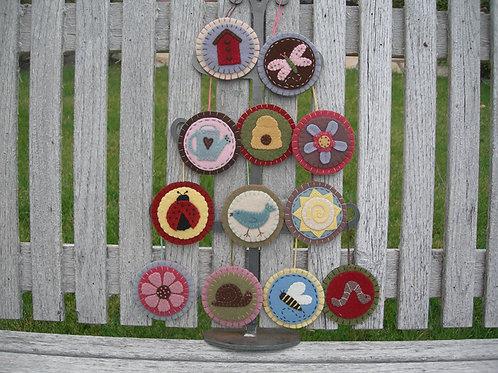 UGM208 - Garden Ornaments