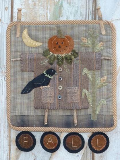 HTH386 - Clothesline Scarecrow
