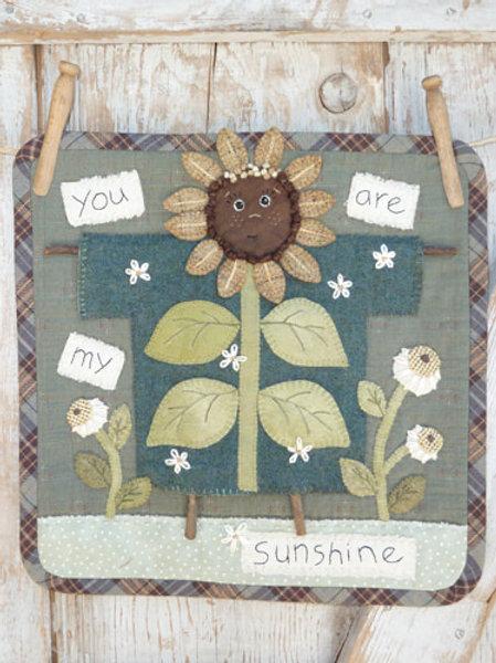 HTH392 Clothesline Sunflower