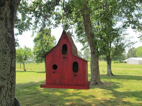 WC919 - Rustic Barn Birdhouse