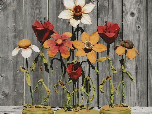 HHF469 - Primitive Garden Flowers