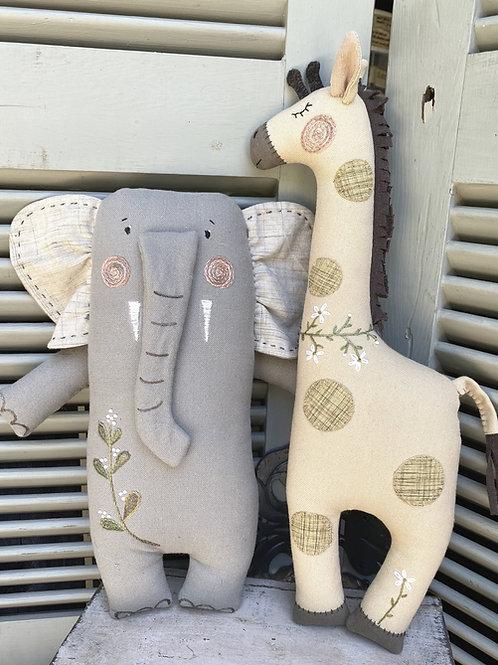 HTH403 Jungle Friends -Elephant & Giraffe