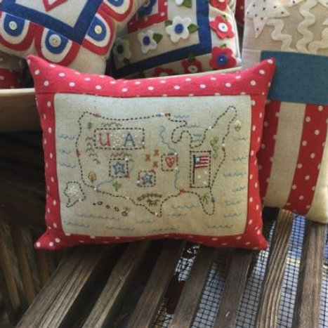 BR230 KIT - Little Map Pillow Pattern and KIT