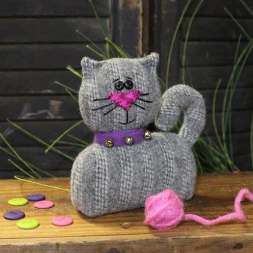 CWC642 - Here Kitty Kitty Pin Keep