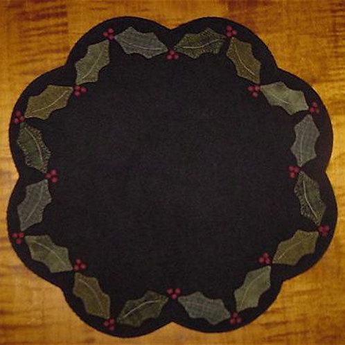 """PRI 179 Holly & Berries Table Mat 18"""""""