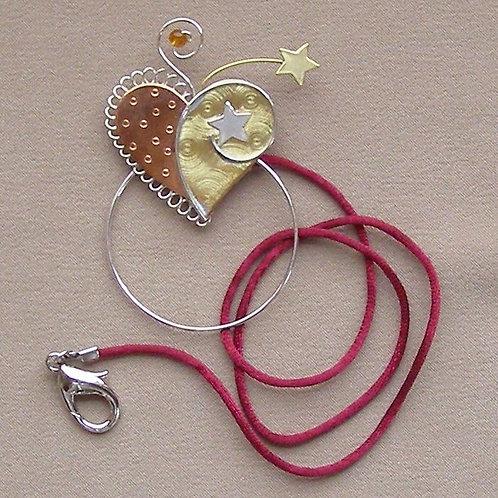 SS 0601 Heart Scissor Sitter