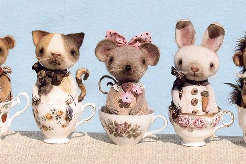 HHF395 - Prim Little Critter Cups
