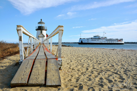 Around the Bend at Brant Point