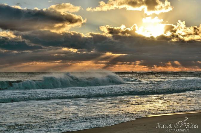 #0139 - Golden Waves