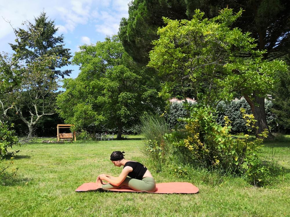 Pince assise - yoga avec pauline limoges