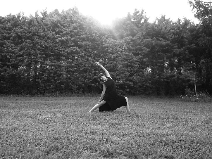 limoges yoga pauline_edited.jpg