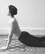 Yoga_avec_Pauline_-_Chien_t%C3%83%C2%AAt