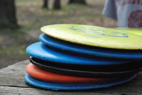 golf-discs-stacked-5c1725f8c9e77c0001d25d03.jpg
