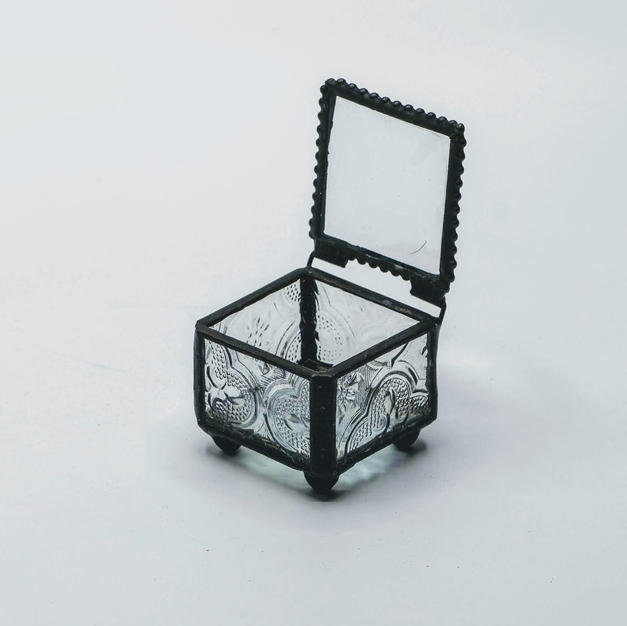 Black Glass Ring Box