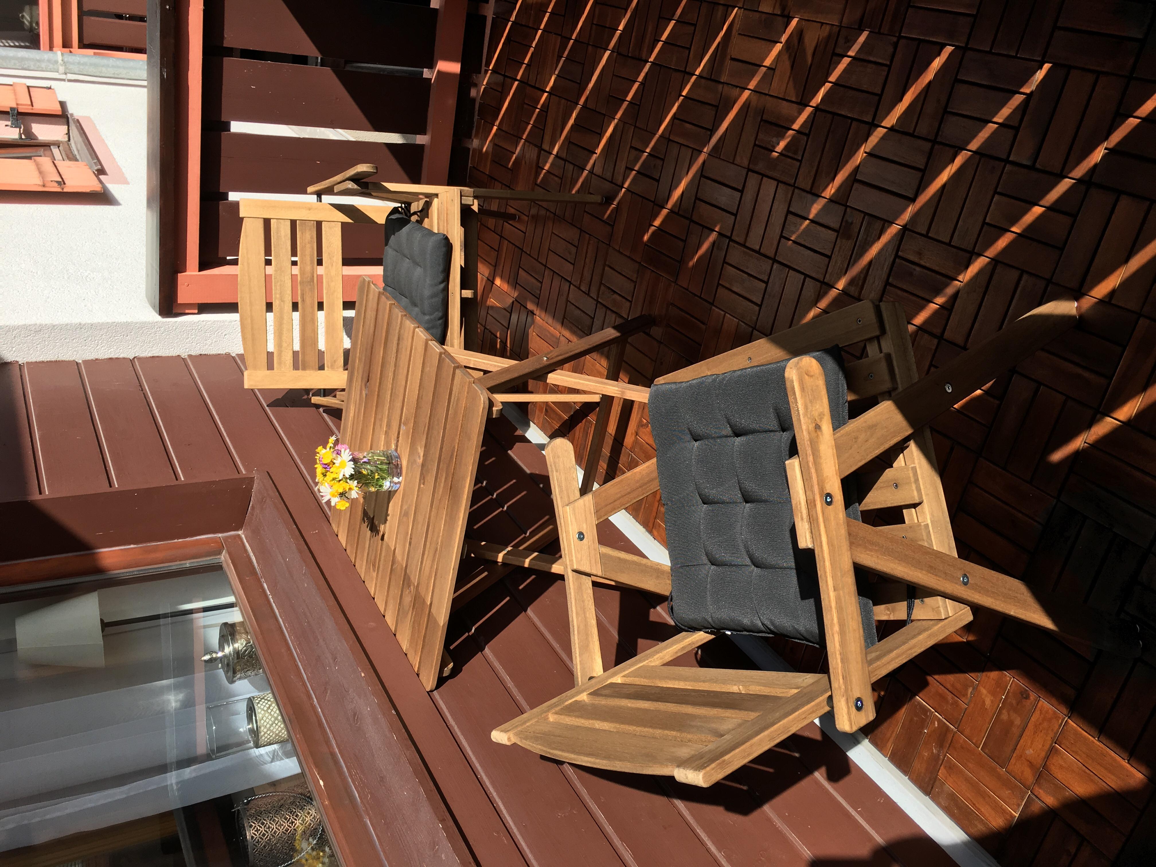Balkon mit Holzeindeckung
