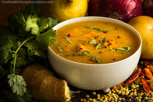 Mulligawtawny Soup with Crispy Tempeh Croûtons