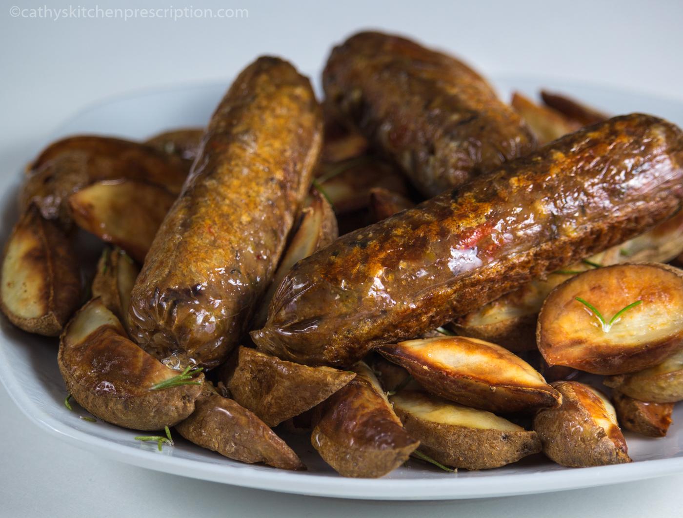 Salsicce e patate arrosto