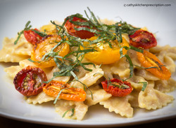 Farfalle with yellow pepper cream