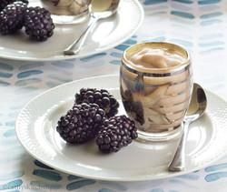 Crema with Blackberries