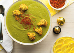 Broccoli Spinach Soup with Crispy Florets