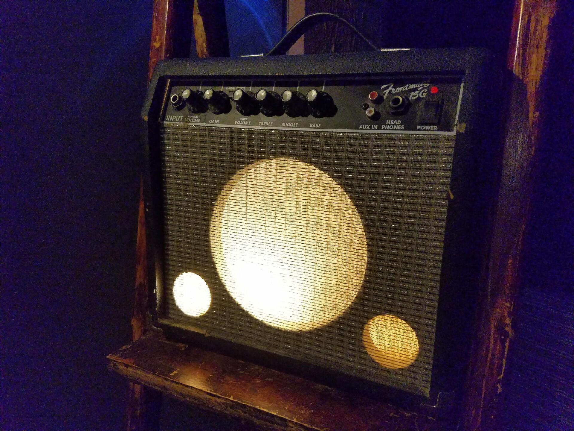 Fender Guitar Amp Light