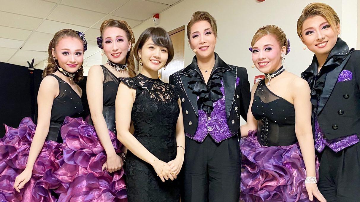 OSK日本歌劇団のシンガポール初のレビュー公演にて