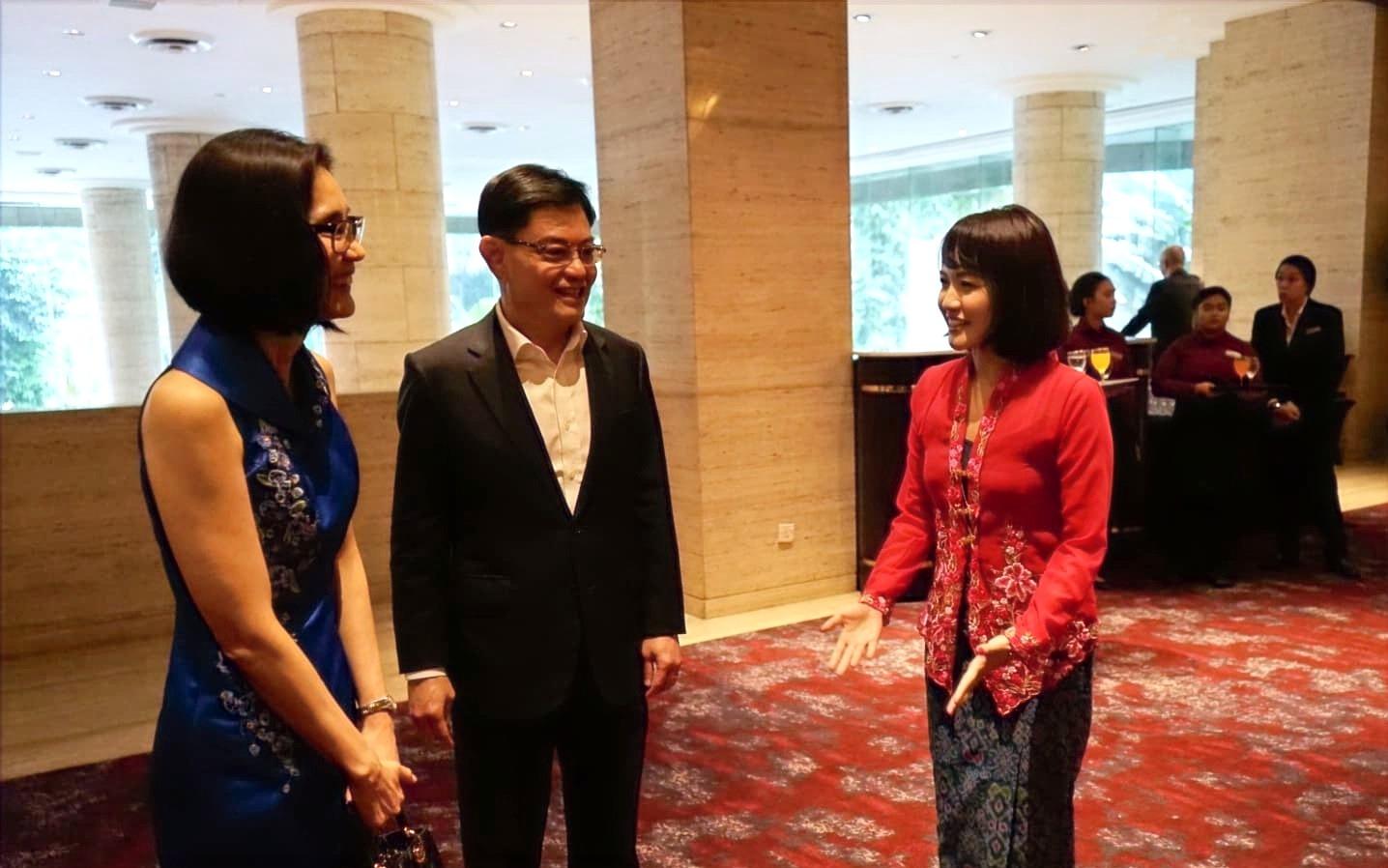 シンガポールのヘン・スイーキアット副首相兼財務相と国家遺産局・最高経営責任者でもある奥様のチャン・フィー・ニー氏と