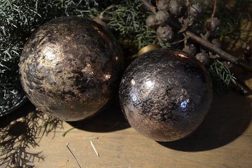 Christmas ball Shiny M