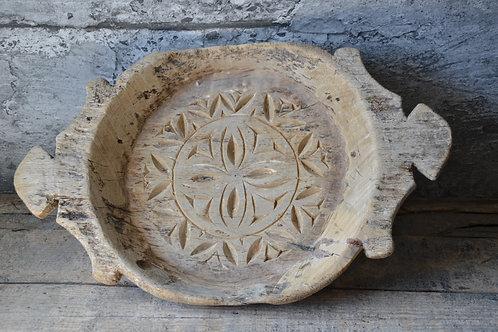 Oude houten schaal