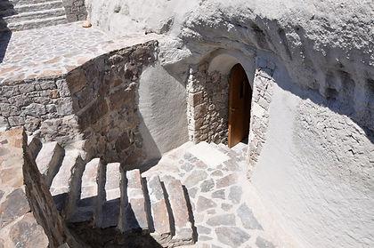 Catacombs-Milos_7059.jpg