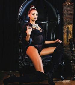 Dark Beauty Magazine.