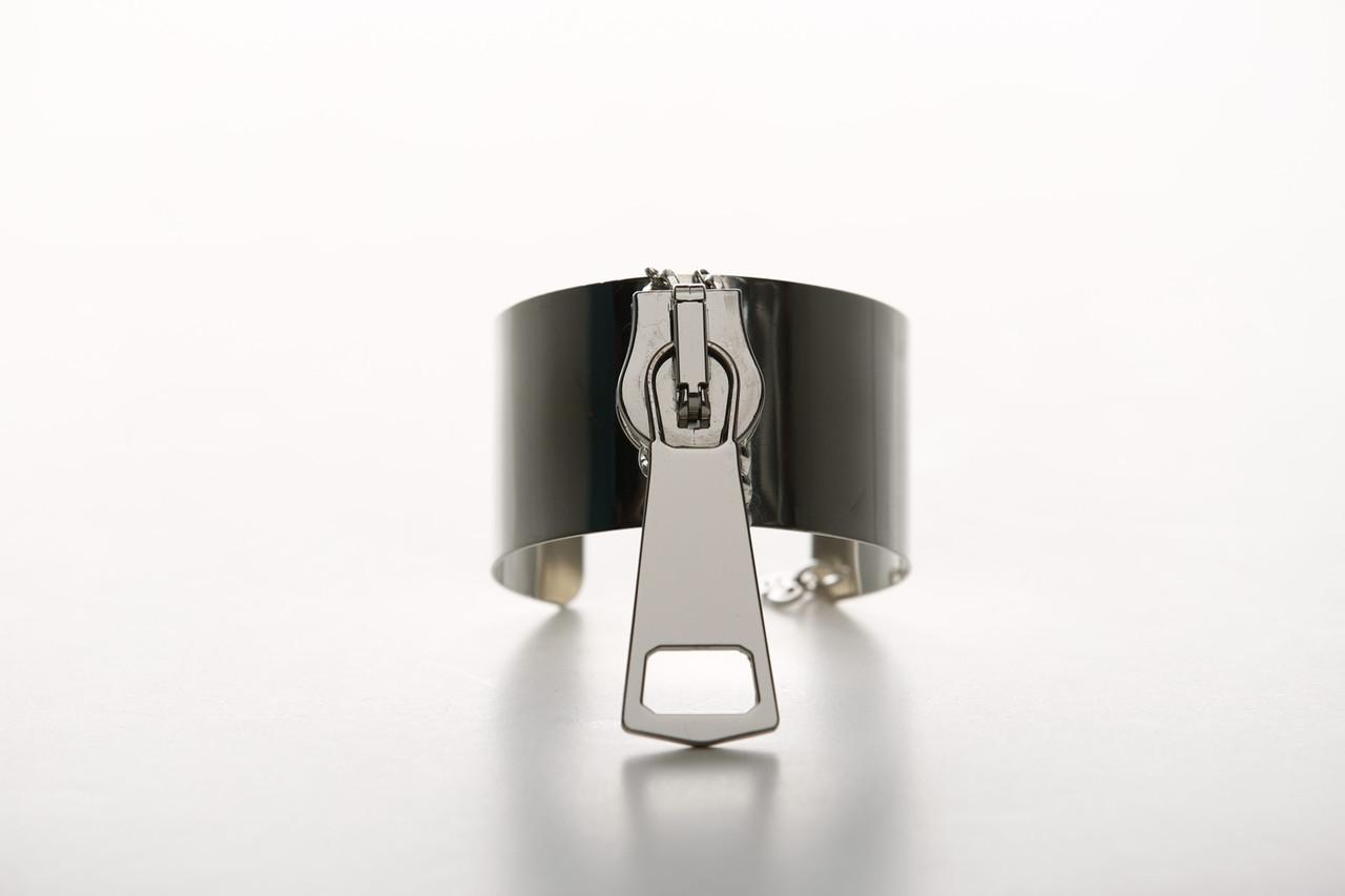 HG-BR11. Zip It. Silver  cuff.