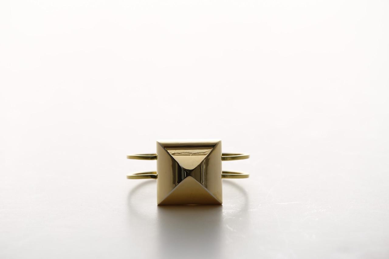 HG-BR2. Cubist. Gold Bangle