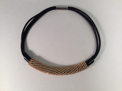 Massai Mara necklace. Blk/gold/leather