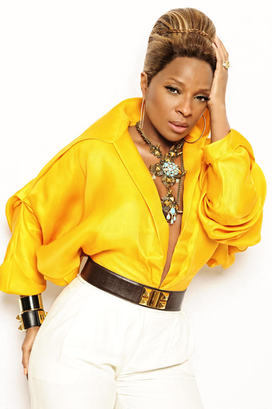 Mary J Blige. Angeleno magazine.