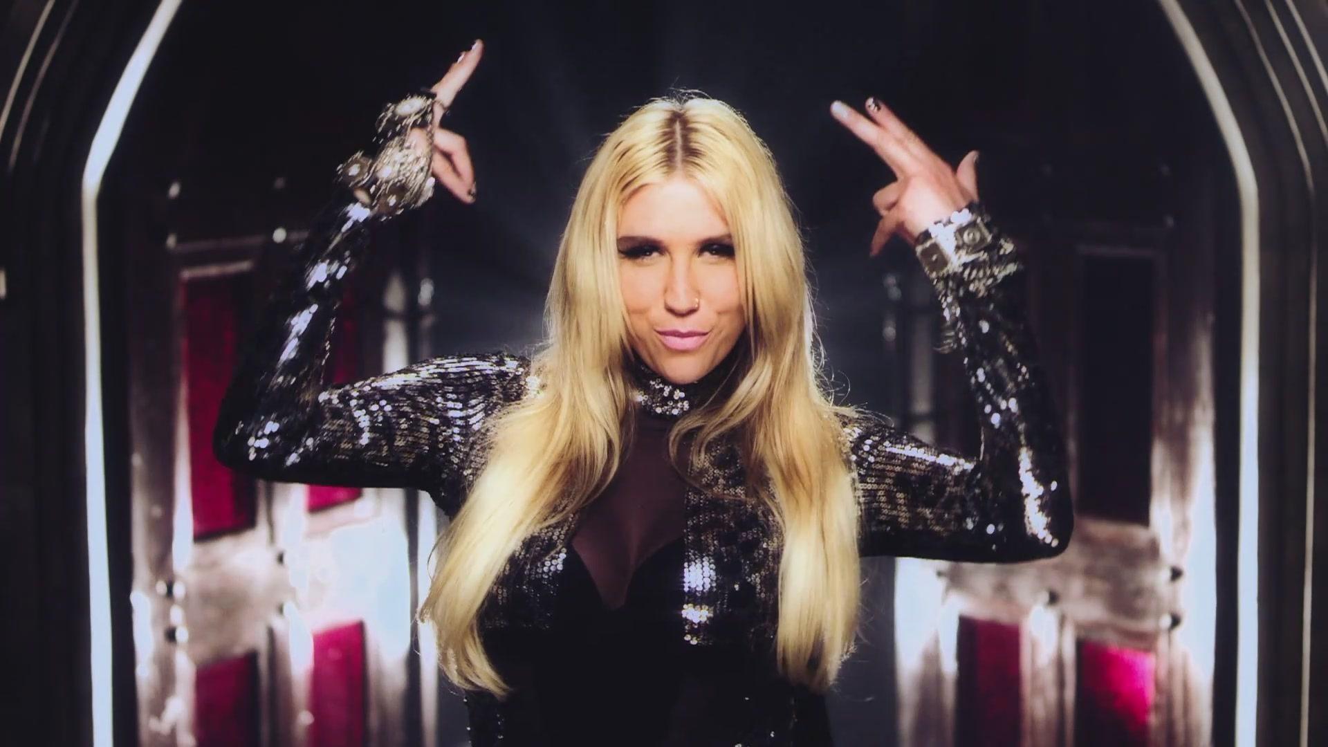 Kesha .Blow Video.