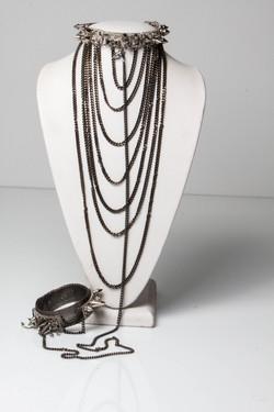 Madame Sin. Collar & Cuff detachable