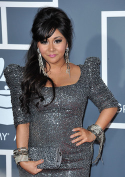 Snooki. Grammy Red Carpet.