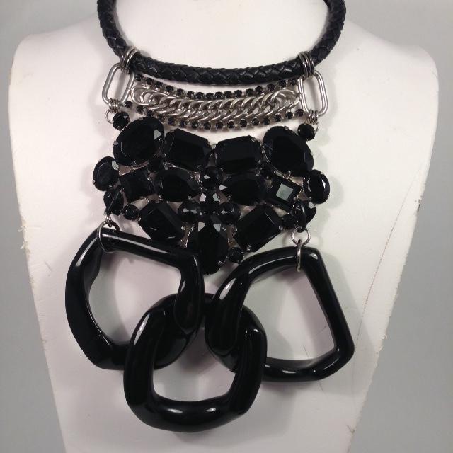 M.Dietrich necklace