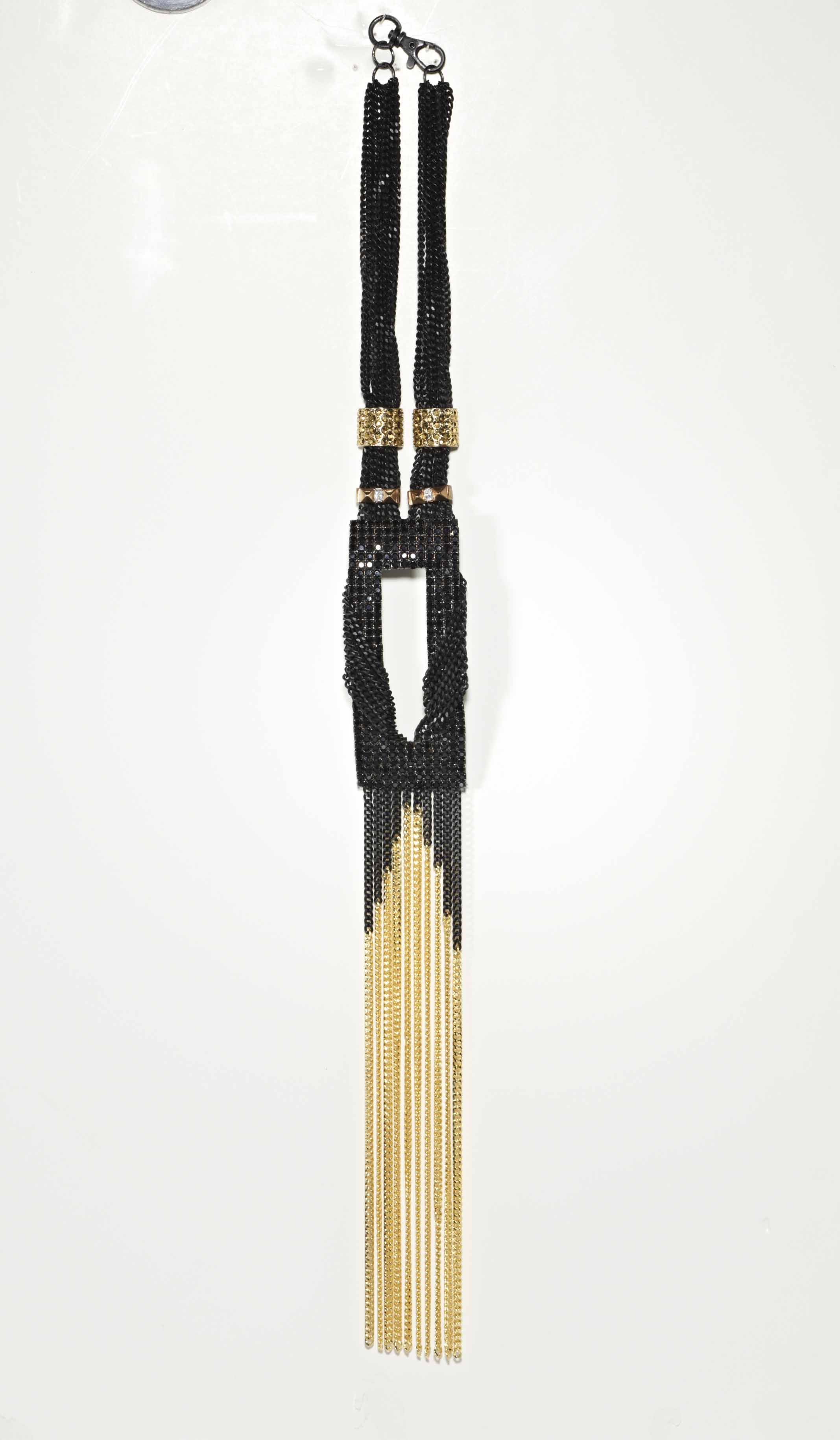 54-NEBN09. Bete Noir.
