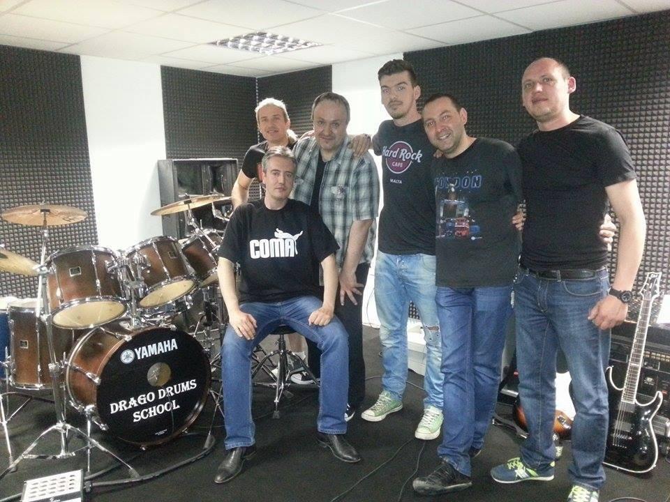 Дъртанянс preparing their new song