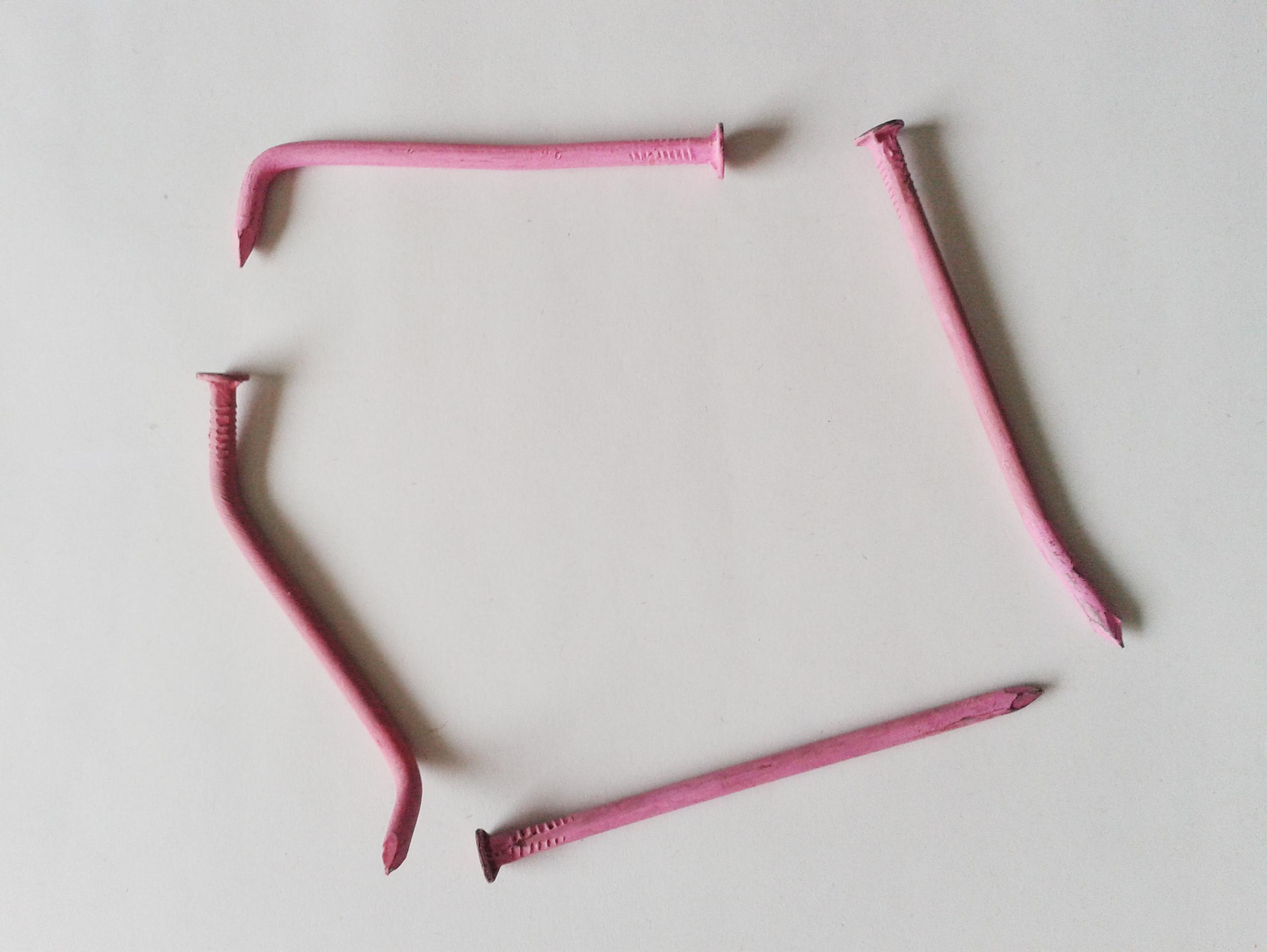 Calligraphies de Clous Pink