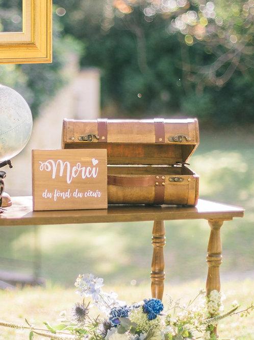 L' urne valise en bois