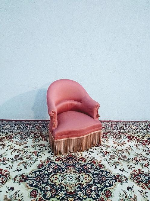 Le fauteuil rose