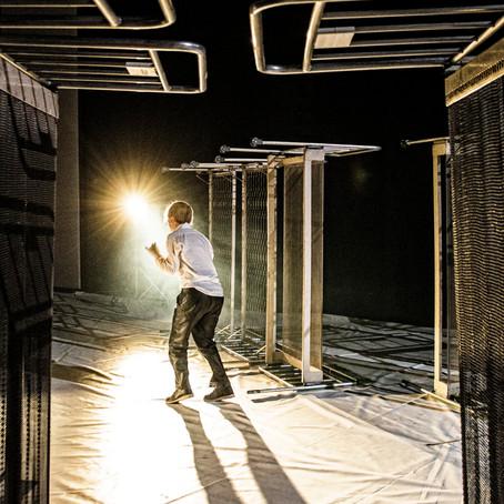 Togliere di scena, intervista con Massimo Sgorbani