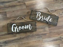 Bride & Groom Sign