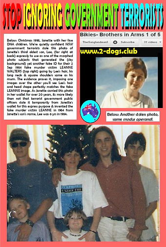 Card 1995 Janette Family at Christmas 10
