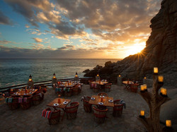 8 Best Beachfront Bars in Mexico